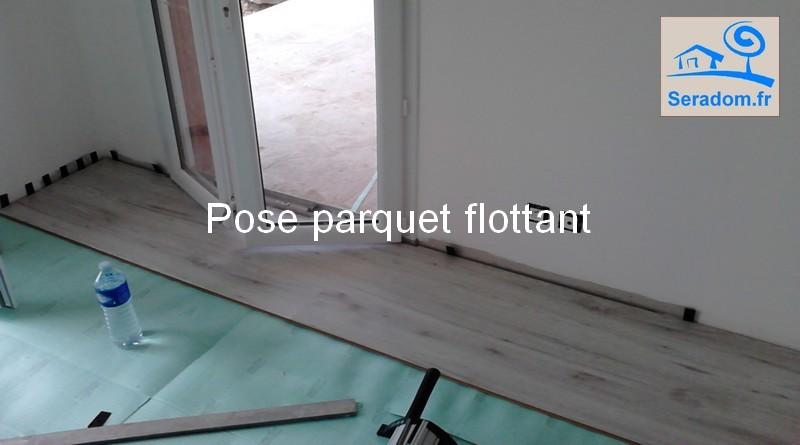 poseur de parquet flottant plinthes pose parquet flottant et parquet stratifi. Black Bedroom Furniture Sets. Home Design Ideas